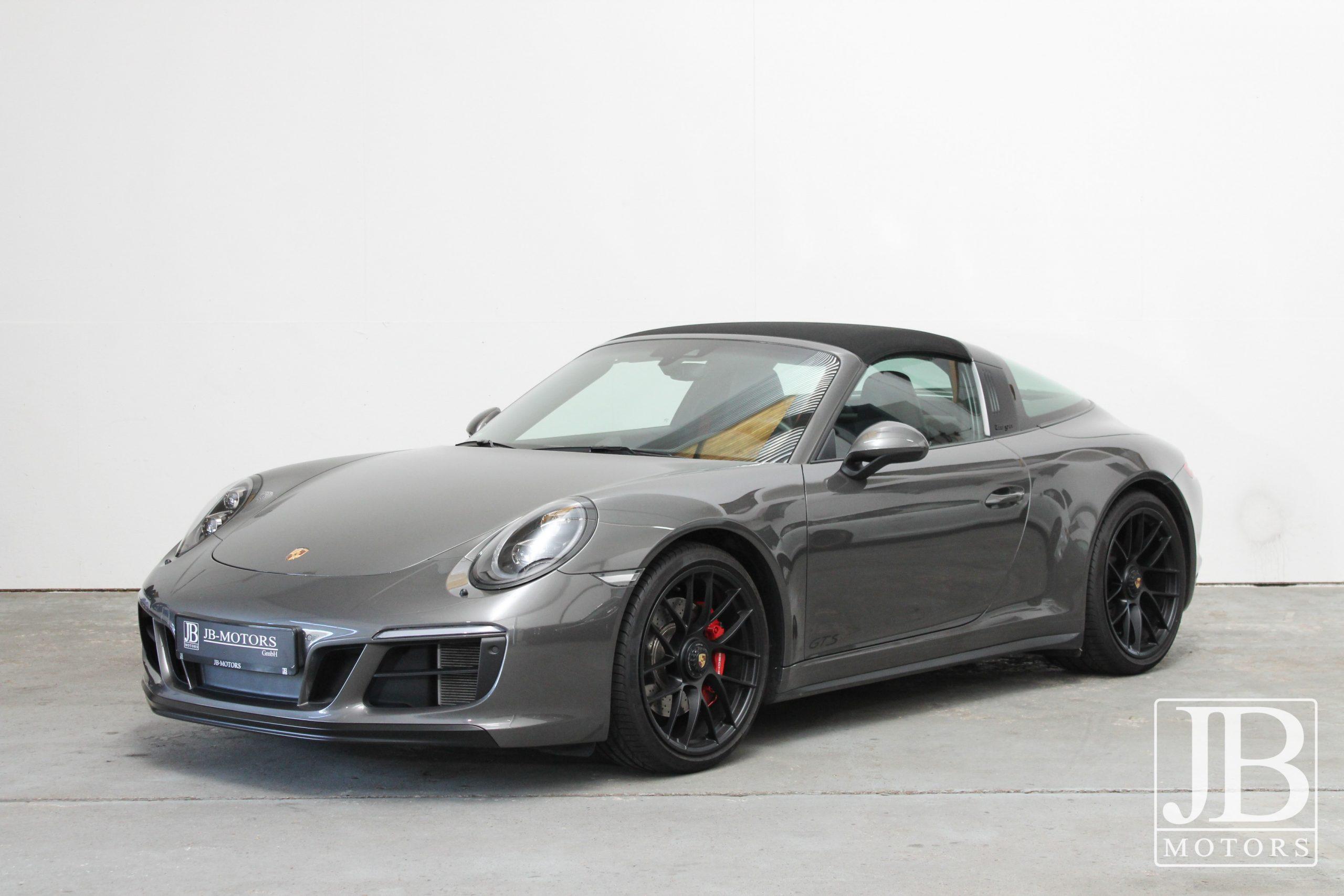 Porsche 991.2 Targa 4 GTS-2