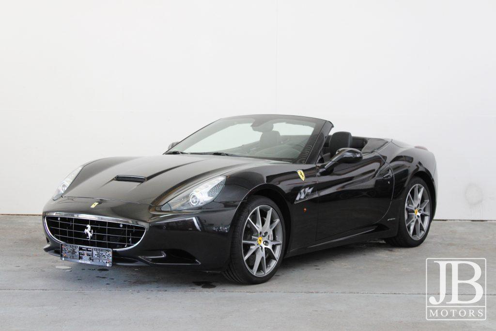Ferrari California 2012 3